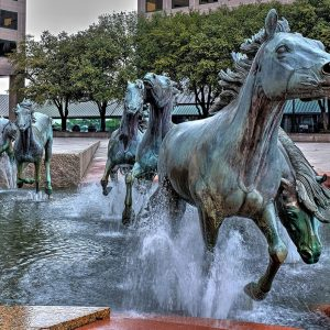 Group Running Horse Statues Fountain